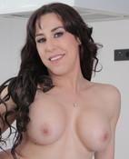 Laila Duarte (24 años)