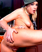 Olivia Saint