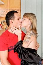 Sexo y corrida en las tetas de Angel Piaff, foto 1