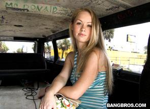Madison Chandler y desconocido