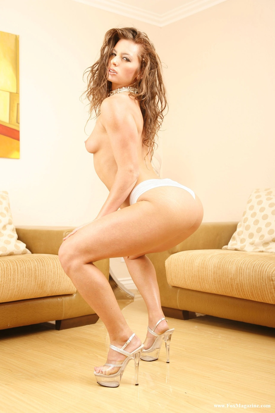Naomi Russell, foto 2