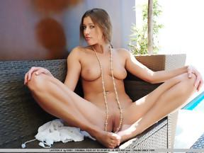 Elisa Donovan - Nude Celebrities Forum