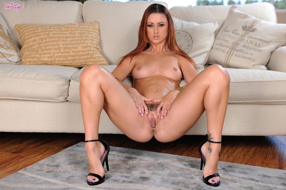 Karlie Montana gefickt in der Kche - Pornorufcom