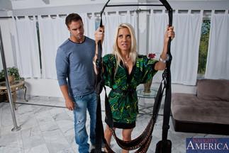 Sexo con Helly Mae Hellfire y Rocco Reed, foto 3