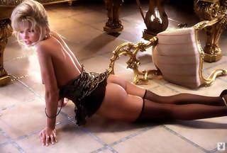 Victoria Zdrok desnuda y a cuatro patas para Playboy.com, foto 4