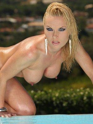Chloe Sweet