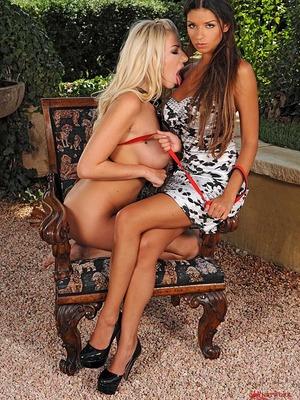 Danielle Maye y Krystal Webb