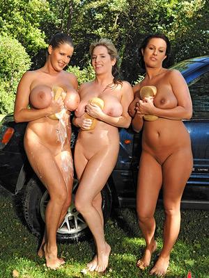 Maggie Green,LaTaya Roxx y Rebecca Jessop