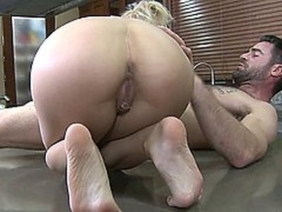 Bibi Jones y Charles Dera
