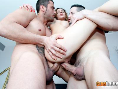 Irina Bruni,Juan-Z y Nick Moreno