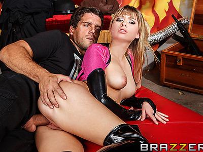 Molly Bennett y Ramon Nomar