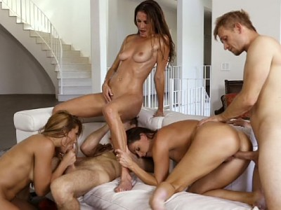 Reagan Foxx,Mercedes Carrera,Silvia Saige,Sofie Marie y India Summer,Michael Vegas,Connor Kennedy,Bill Bailey y Chad Alva