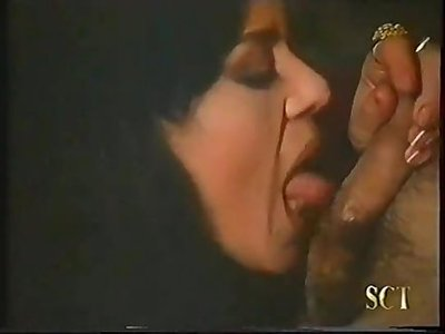 Julia Channel y Simona Valli