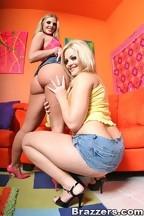 Brianna Love y Alexis Texas y Barry Scott