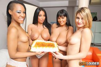 Anissa Kate, Claudia Shotz, Jasmine Black y NoeMilk en una buena orgía, foto 3