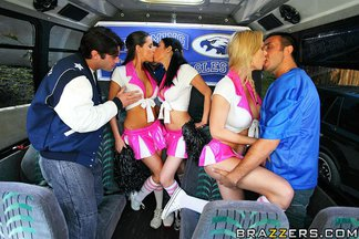 Brooke Banner, Daisy Cruz y Kortney Kane en una orgía con Charles Dera, Keiran Lee, Rocco Reed, foto 7