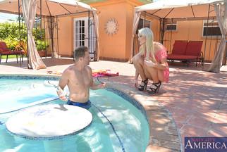 Guapísima Zoey Paige follándose a Levi Cash, foto 2