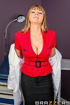 Doctora Shayla Laveaux necesita la polla de Ramon Nomar con urgencia, foto 1