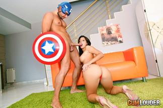 Capitán América follándose a una depilada Susi Gala, foto 5